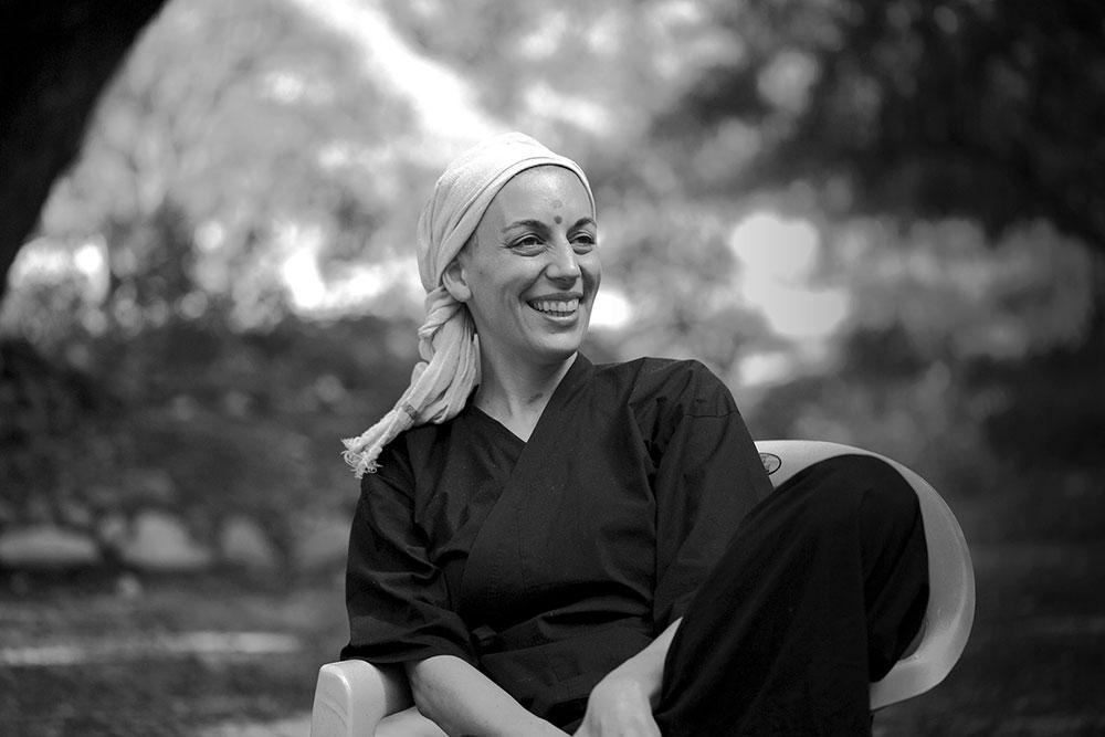 Monja francesa Kankyo Tannier lança livro sobre o poder transformador do silêncio