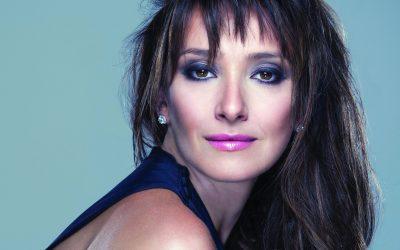 Sabrina Parlatore aposta na carreira musical e é voz ativa na luta contra o câncer de mama