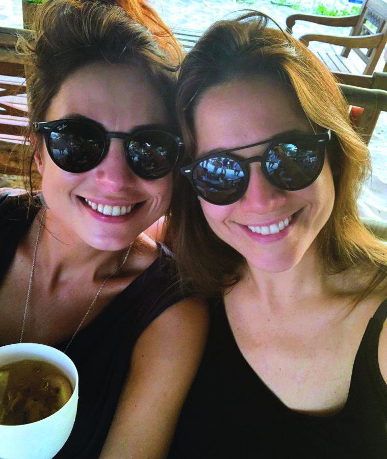 Fernanda Gentil com a companheira, Priscila Montandon - Foto Arquivo Pessoal