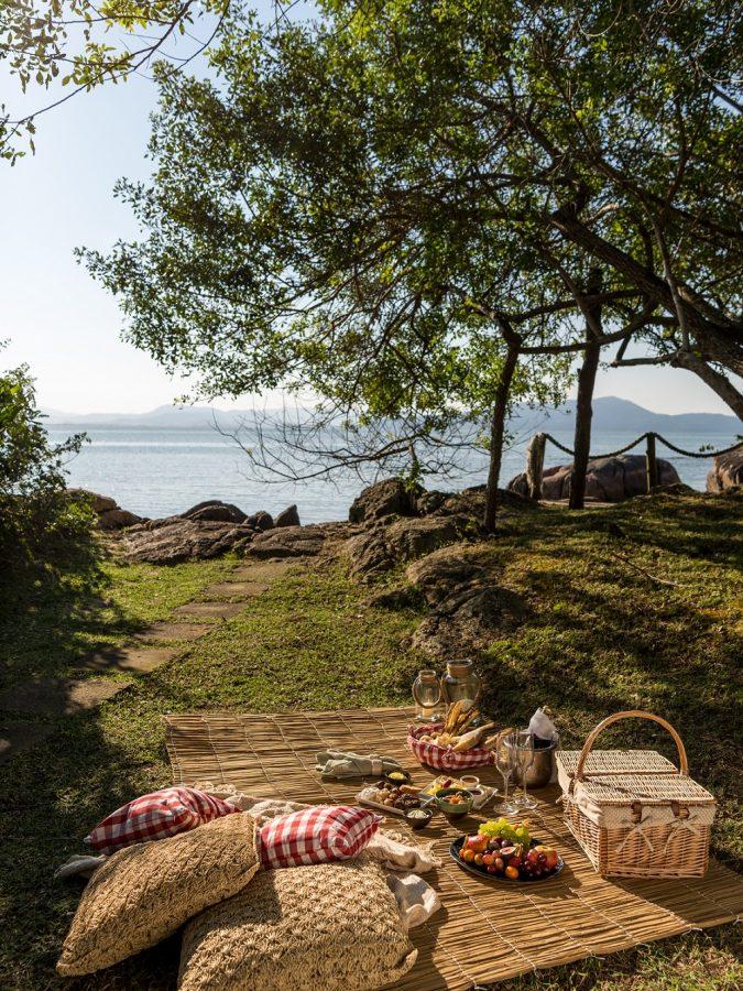 Piquenique no Ponta dos Ganchos. - Foto: Divulgação