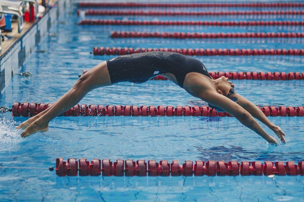 Etienne Medeiros, nadadora olímpica do Brasil - Foto: Igo Bione