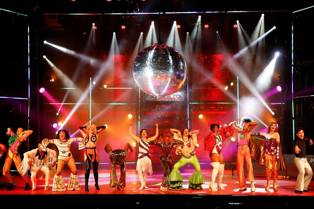 """Musical """"O Frenético Dancin' Days"""" estreia em março"""
