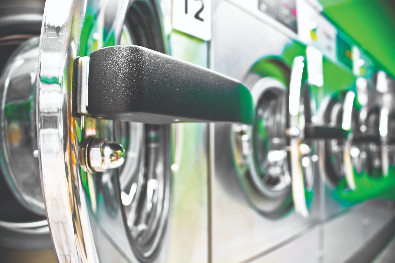 Lavanderias verdes oferecem alternativas inteligentes e sustentáveis