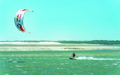 Conheça o refúgio dos adeptos do kite surfe na Praia do Preá, emJericoacoara