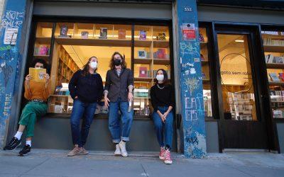 Livraria Gato Sem Rabo vende apenas obras escritas por mulheres