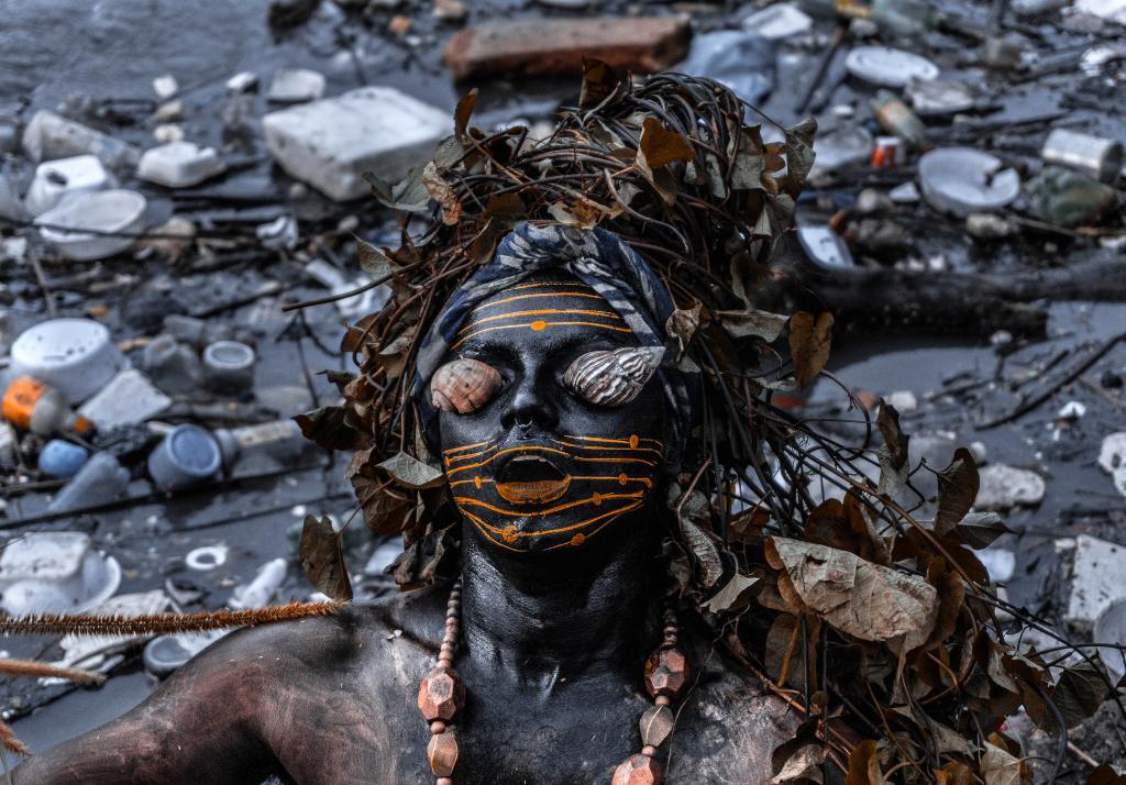 """Obra """"Mil Quase Mortos"""", de Emerson Úyra - Foto: Divulgação"""